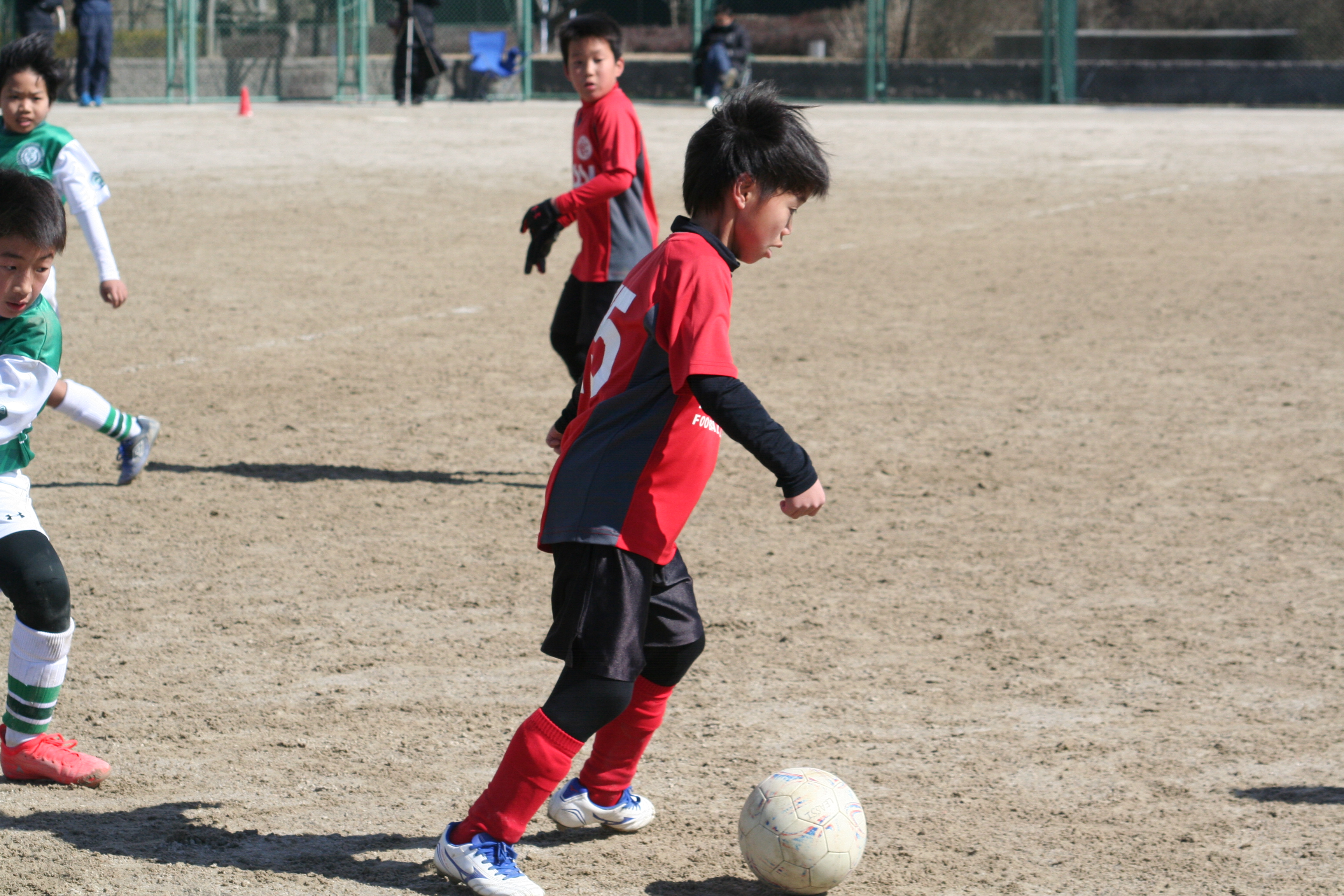 正しくサッカーを教わってますか?何故コーチに怒られる?。レアッシの練習を通じて具体的な内容を公開します。
