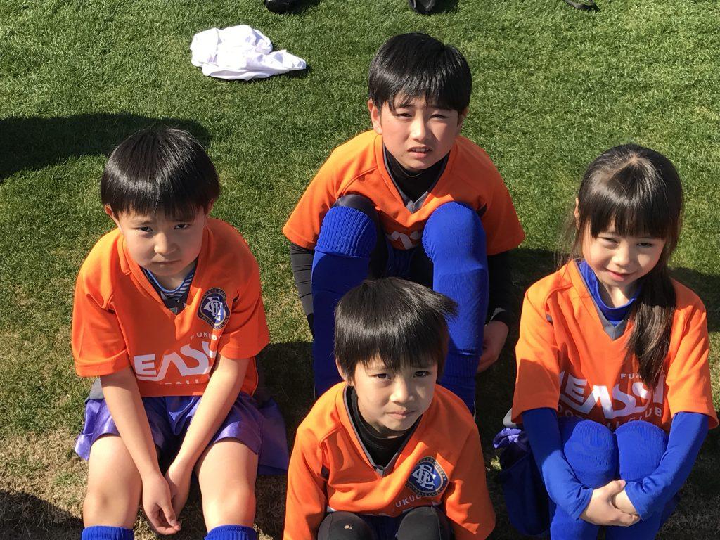 子どもの自主練習に付き合う保護者の方へのサッカー講座 、題して【ママサカ】 第1弾 インサイドキック・コントロール編
