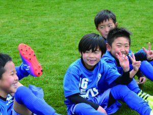 新規クラブ会員募集 (小学1〜4年生)〜楽しさと競争の中でたくましいサッカー選手に〜