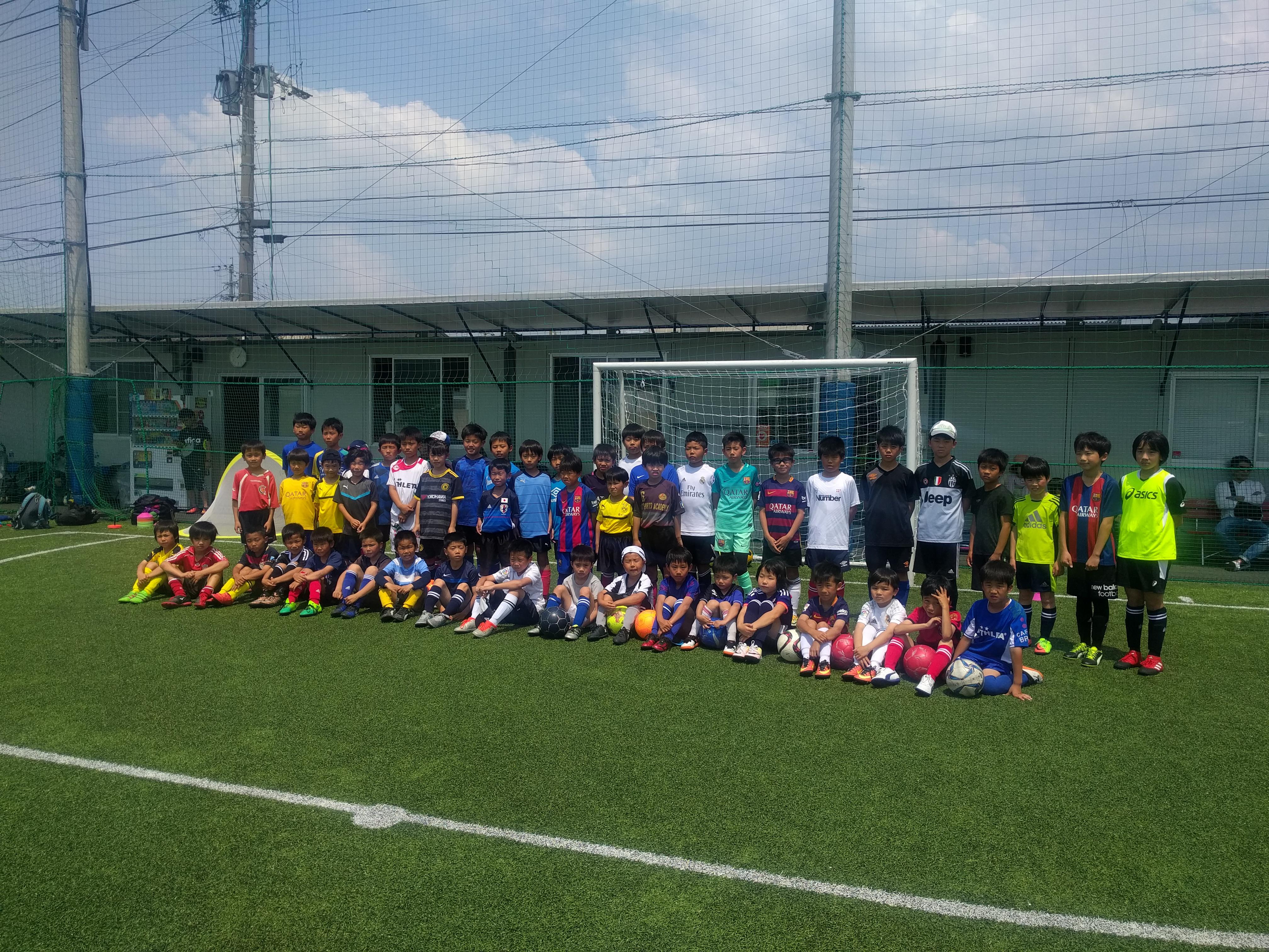 「スペイン流サッカー教室」小学生低学年生にサッカークリニックを実施しました。〜in ペナスタ(博多区)〜