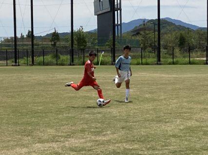 ジュニアユースU13 TRM  vs 西南U13〜U13の選手には毎回微妙なニュアンスの違いで課題を与えています。点が線となった時サッカーレベルが